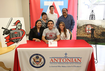 Carlos Suarez and Pia Serrano Scholarship signing at Antonian
